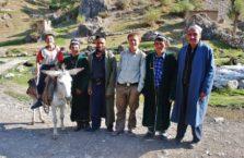 Tadżykistan - z ludźmi koło jezior Marguzor.