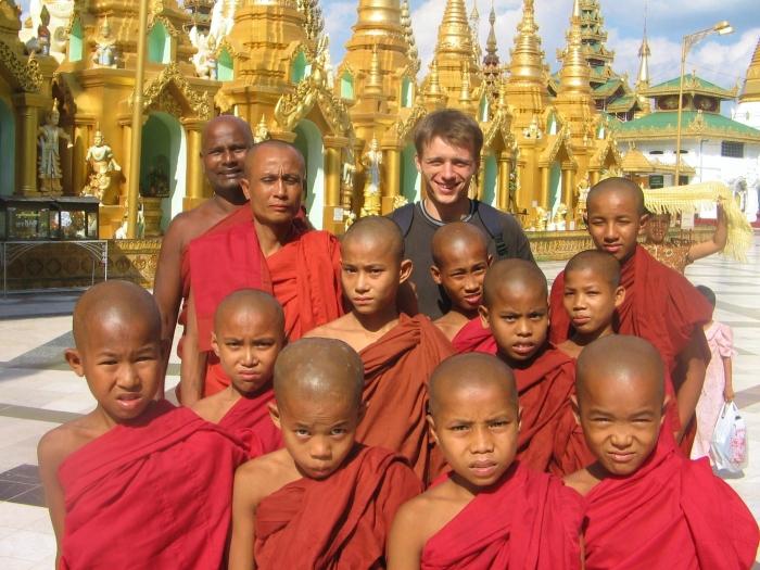 Shwedagon Pagoda. Yangon, Myanmar (Burma).
