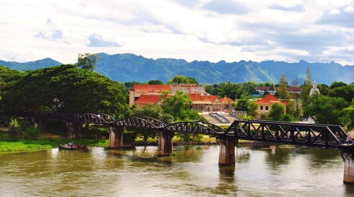 Most na rzece Kwai. Kanchanaburi. Tajlandia.