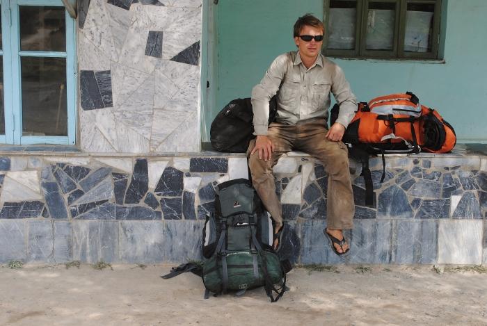 I say goodbey to beautiful Tajikistan and wait for transport to Uzbekistan.