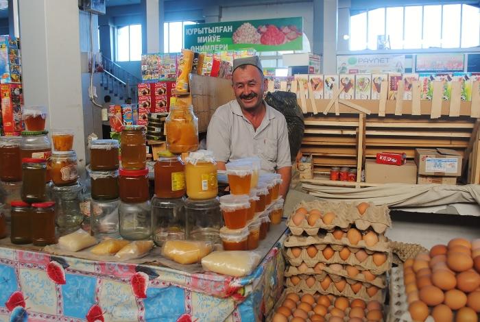 Uzbekistan (Karakalpakstan) - a man at Nukus Market.