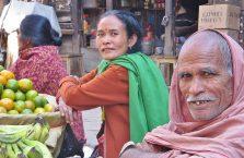 Nepal - na bazarze.