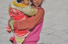 Tybet - dwoje dzieci.