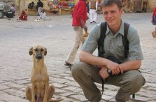 Indie - z psem.