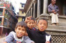 Nepal - dzieci.