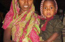 Indie - kobieta z dzieckiem.