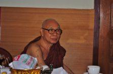 Birma - mnich.