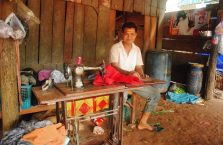 Kambodża - człowiek na wsi.