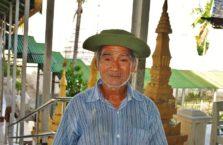 Birma - stary mężczyzna.