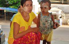 Birma - matka z synem.