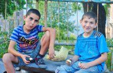 Armenia - chłopcy.