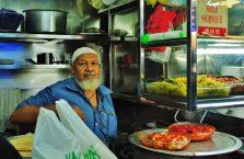Singapur - muzułmański kucharz.
