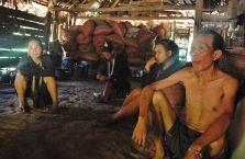 Laos - ludzie z odległej wsi.