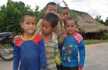 Laos - dzieci ze wsi, które spotkałem na drodze.