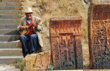 Armenia - gitarzysta.