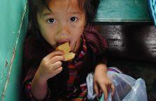 Laos - dziewczynka.