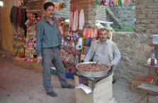 Iran - uliczni sprzedawcy.