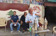 Liban - uliczna kawiarnia.