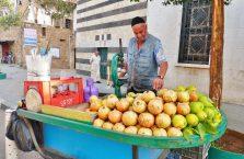Liban - sprzedawca soków.