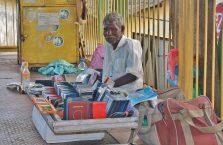 Sri Lanka - sprzedawca uliczny.