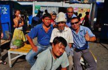 Kirgistan - ludzie w Bishkek.