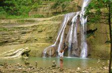 Can Umantad waterfall Bohol (9)
